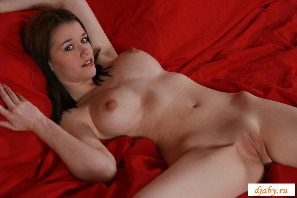 Little robin naked