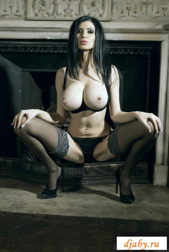 Эротика грудь