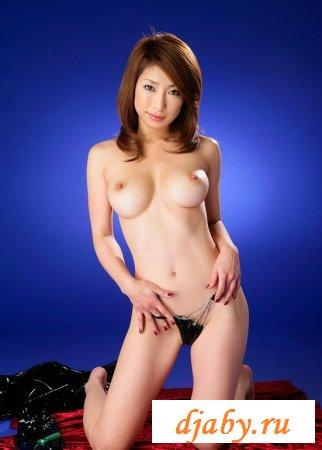Эротичная азиатка