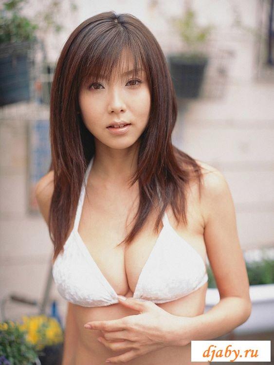 Красивая и сексуальная японка