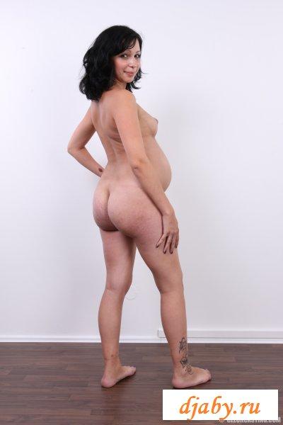 Будущая голая мама сфоткалась на-память (8 фото эротика)