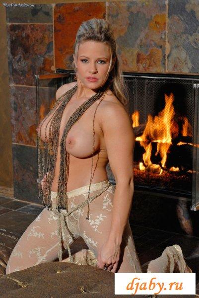 Одела эротичное белье к ужину (8 фото эротика)