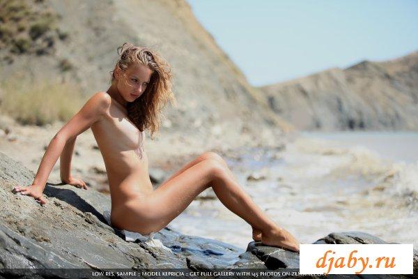 Приятное голое девичье тело
