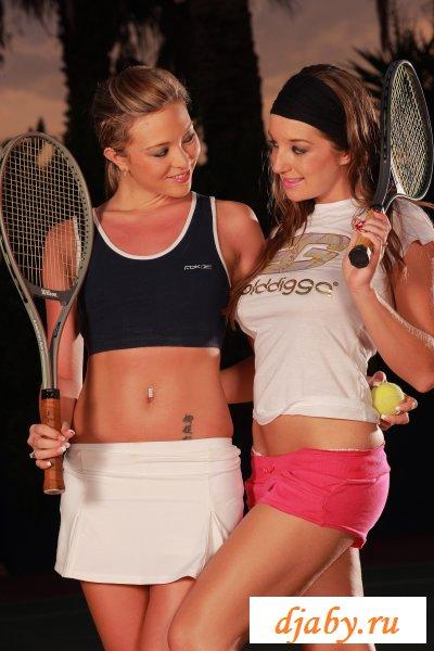 Теннисистки любят эротические страсти вдвоем