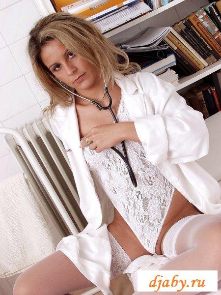 Смуглая задница медсестры как панацея