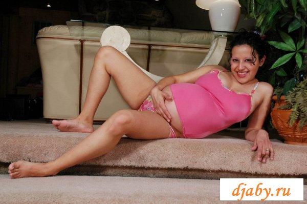Фантазии грудастой беременной телочки