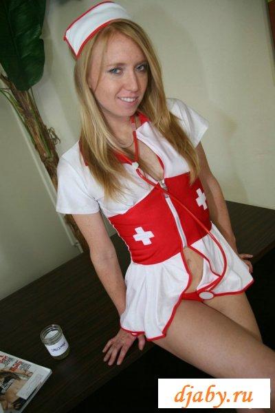 Пошлые и развратные медсестры обслужат на-дому