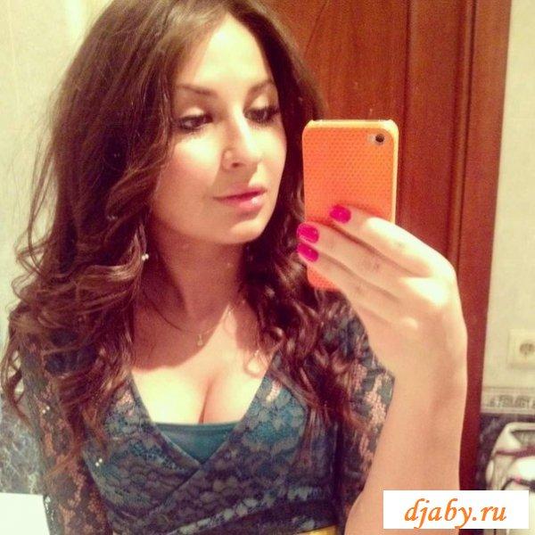 Эротика с армянками в бикини и в красивых платьях