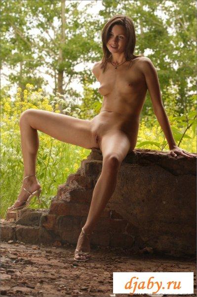 Красивая голая фото эротика