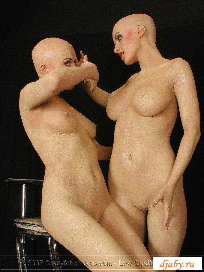 лысая в парике эротика - 12