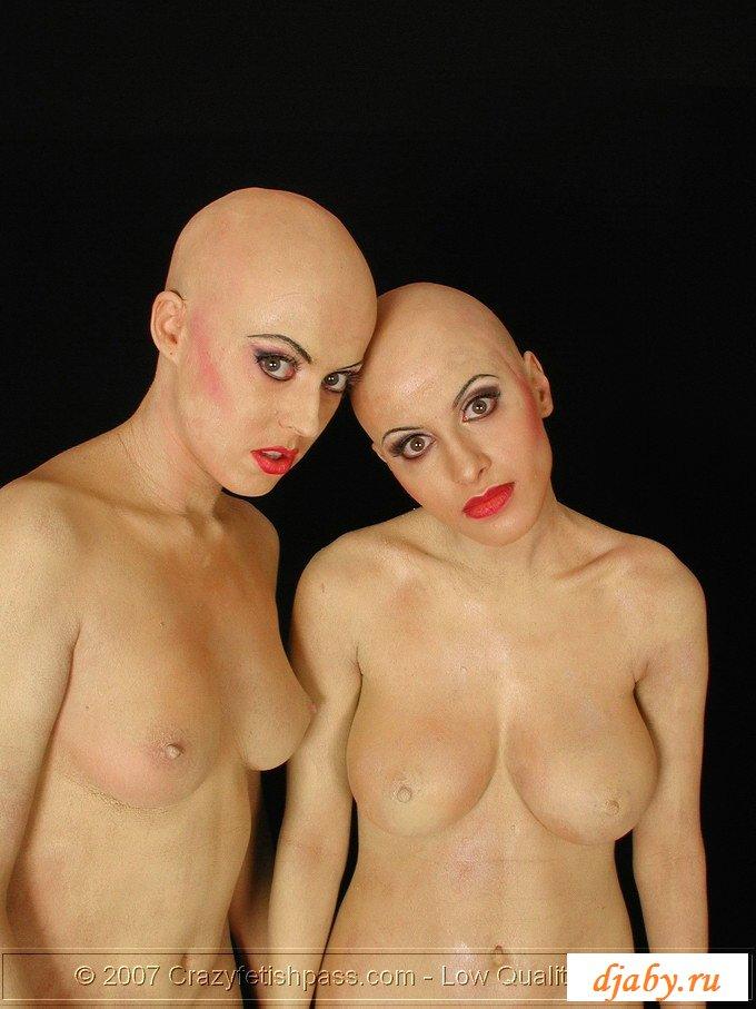 Лысые секси девки фото трахаем знакомую