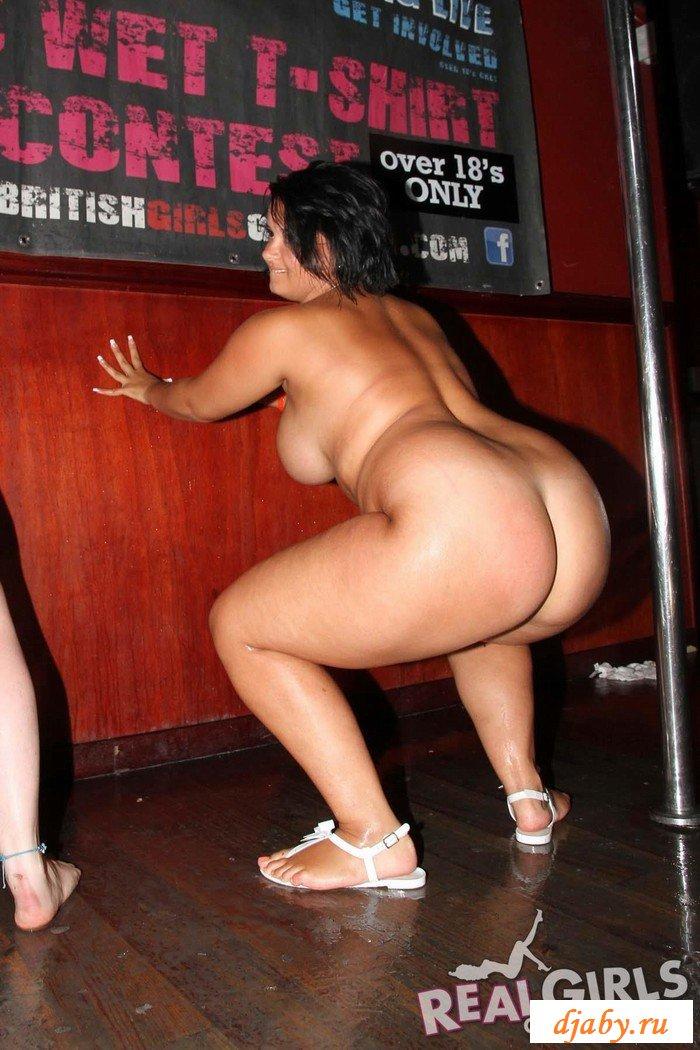 толстых женщин и танец голых теток немного