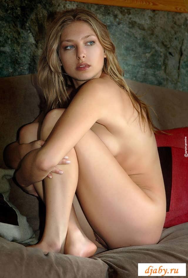 Прекрасная фото эротика милой девочки (16)