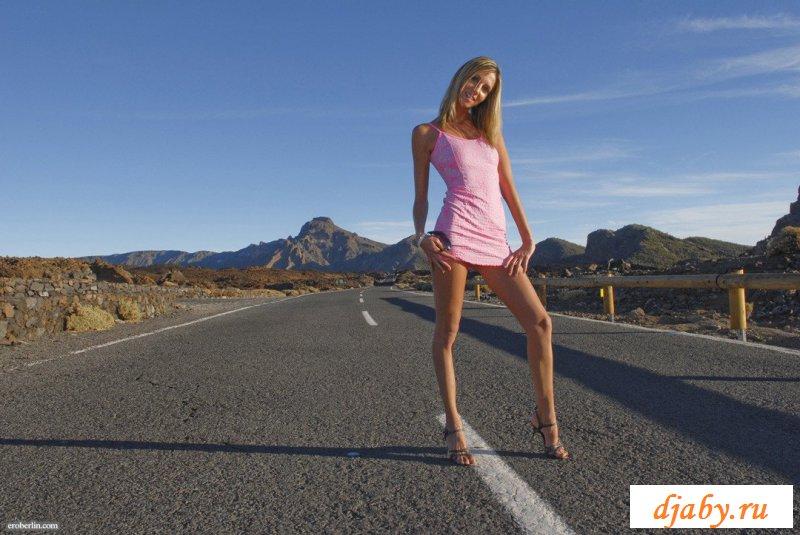 Красивая эротика от дорожной путаны