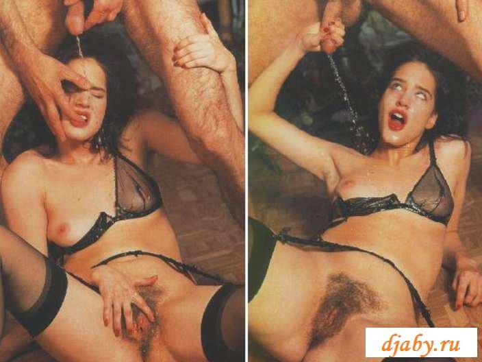 Размазанное говно на спинах и морде раздетых девок (23 фото эротики)