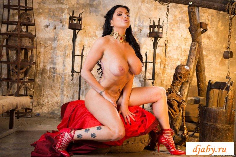 порно в средневековых нарядах смотреть - 2